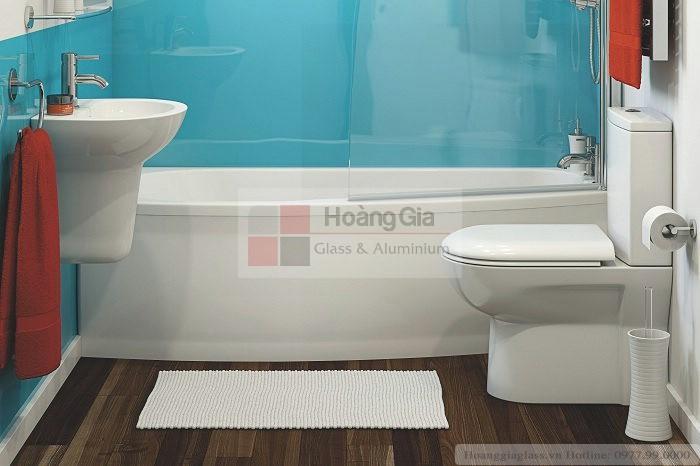 Kính màu nhà vệ sinh giá đẹp, chất lượng