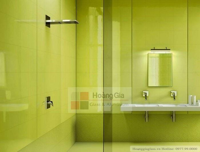 Kình màu nhà vệ sinh giá rẻ