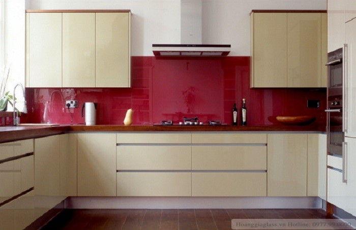 Kính màu ốp bếp Hải Long
