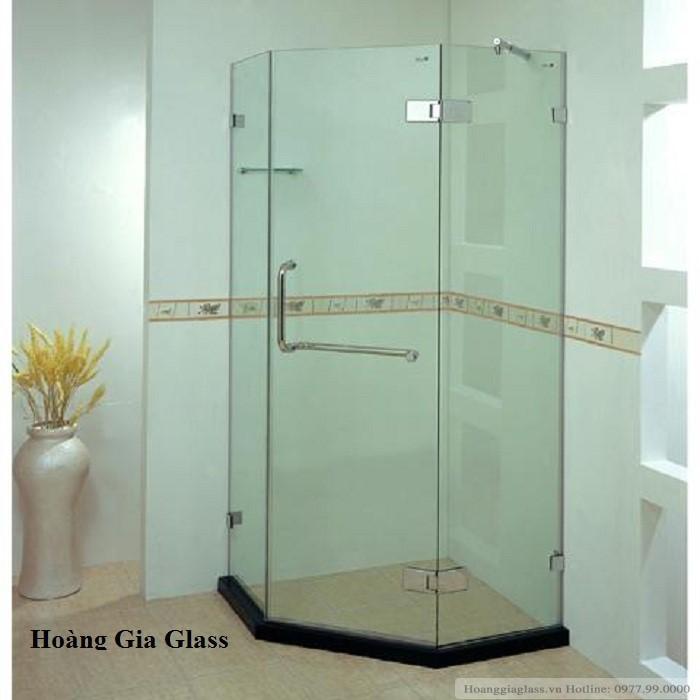 Phòng tắm kính vát góc (cabin tắm kính 135 độ)