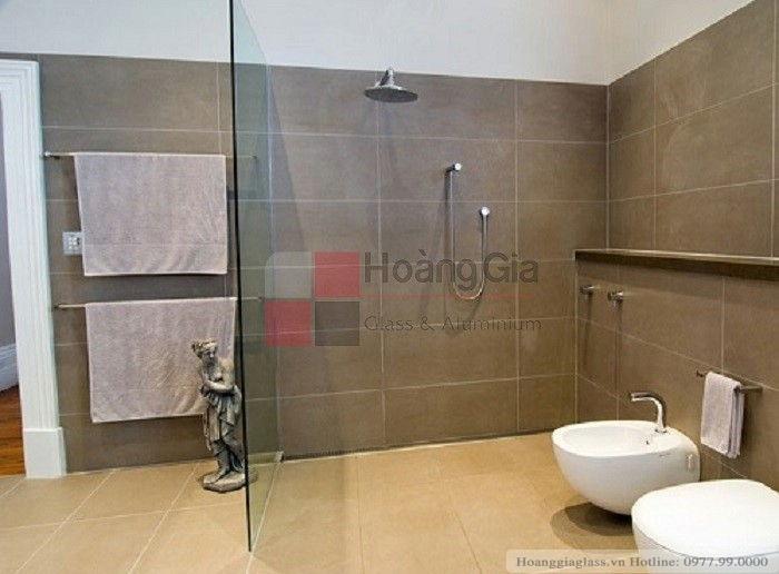 Vách tắm kính đứng 1 tấm